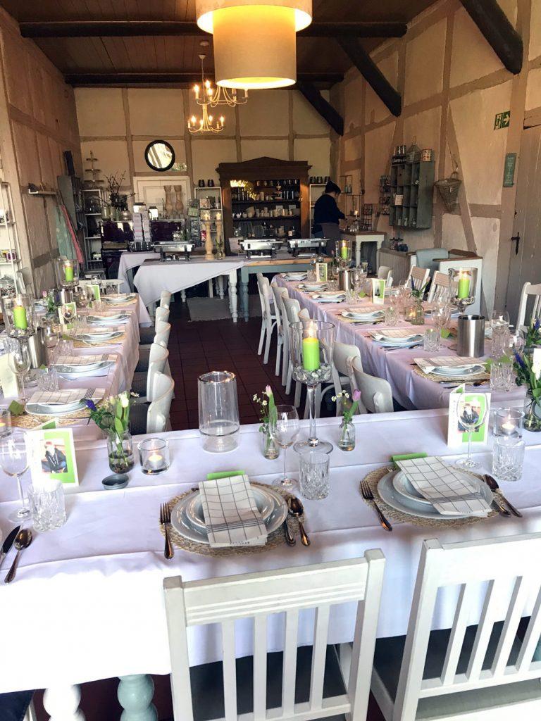 Hochzeit feiern im im Café HOFLIEBE