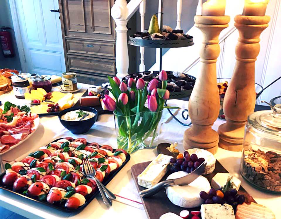 Sonntagsfrühstück im Café HOCHLIEBE in Bleckede Walmsburg